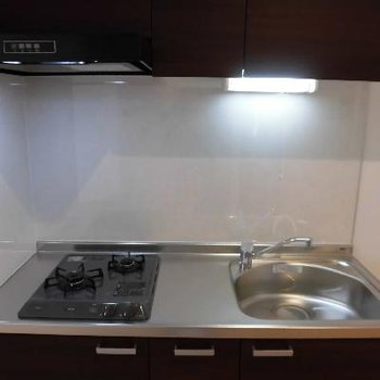 洗い場広めと調理台があって便利そう!