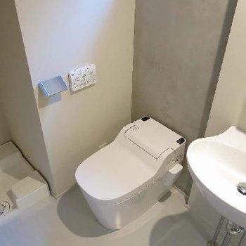 トイレも新品だぁ!!※写真は別部屋