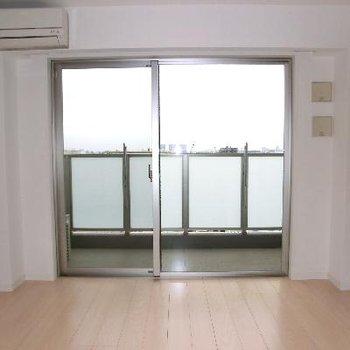 窓も大きくて開放感たまりません
