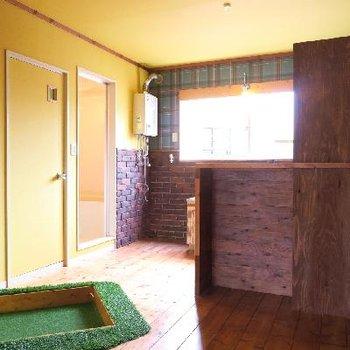 玄関が緑に彩られている…!!※写真は前回掲載時のものです。