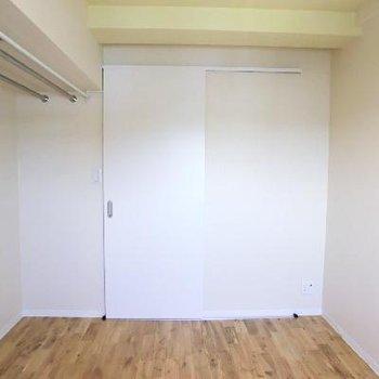 お部屋2。オープンクロゼット