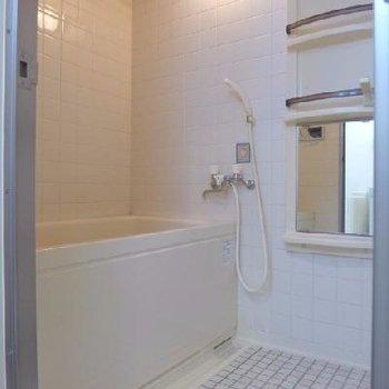 お風呂は一部既存だけど清潔感◎