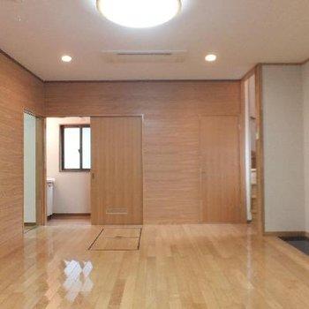 一階部分。11.2帖の開けた空間