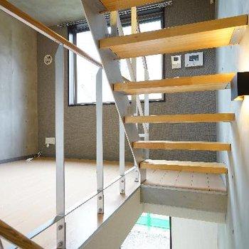 階段、高所ダメな方大丈夫かな?