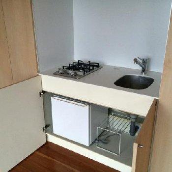 ミニ冷蔵庫です※写真は11階
