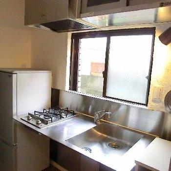 厨房風キッチンがクールです。今人気ですね。