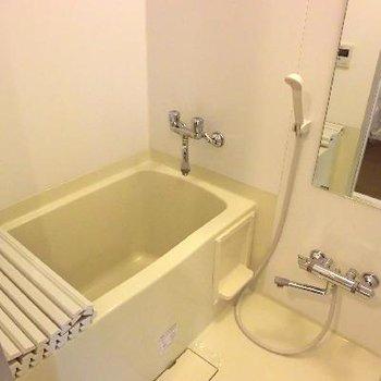 お風呂もこんなに大きい!!