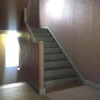 階段で5階まで!