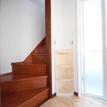 この階段をのぼって・・・
