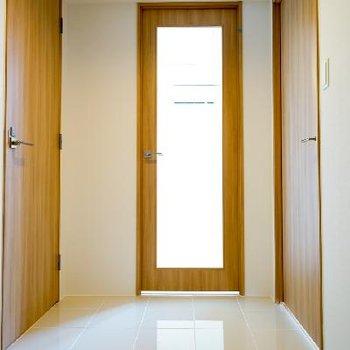 玄関のタイルが高級感♪