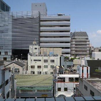 都会の眺望。