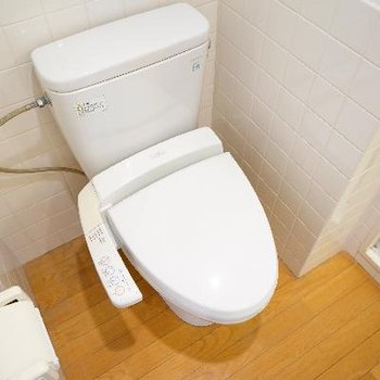 ウォシュレット付きのトイレです!※写真は前回募集時のものです
