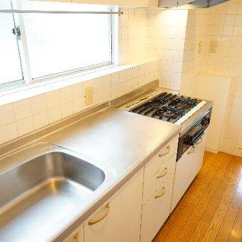 キッチンも充実の設備!※写真は前回募集時のものです