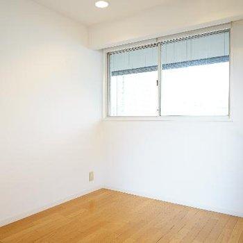 こちらを寝室スペースにしようかな。※写真は前回募集時のものです