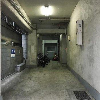 一階の共用部。ここに駐輪場があります