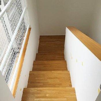 階段は踏み板が大きくて上りやすいし下りやすい!