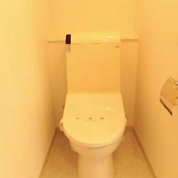 個室みたいなトイレはリラックスできますよ