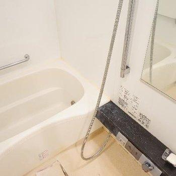 お風呂も高機能です!