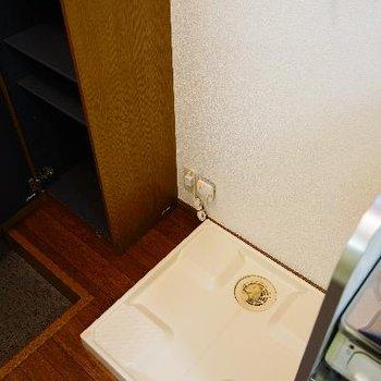 キッチン横には冷蔵庫も洗濯機も置けます!