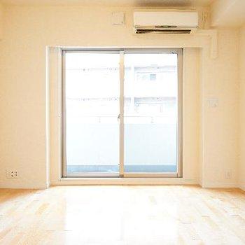 9帖の正方形のお部屋!