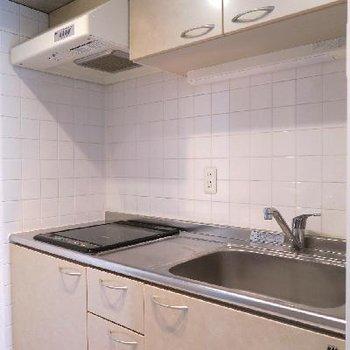 キッチンも隠せる場所に位置しているのがステキ。