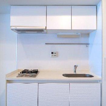 キッチンシンプルな2口ガスコンロ。