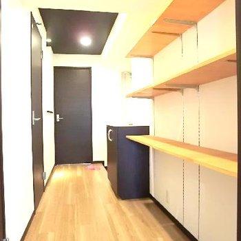ひろーい廊下部分もスペックが高いです。