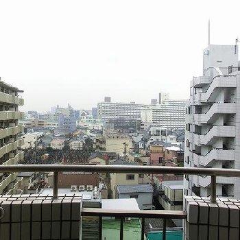 抜け感のある眺望※写真は8階にある別のお部屋で、今回のお部屋は2階にあります