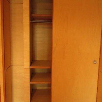 こっち側は少ないスペースを生かして、*お部屋は別部屋です