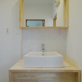 洗面は可愛い造作洗面になります※写真はイメージです