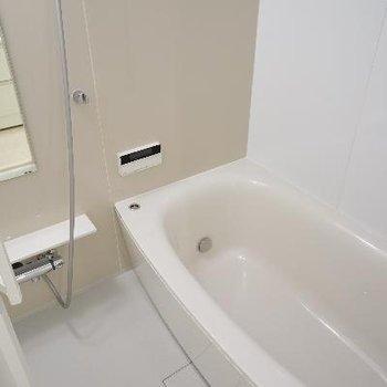 お風呂ももちろんゆったりサイズ!