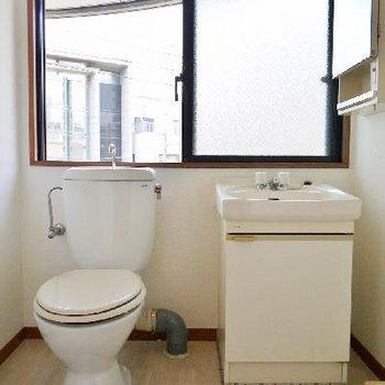 おぉ!トイレあるのに窓大きすぎない?