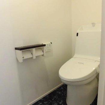 1階にもトイレありますよ