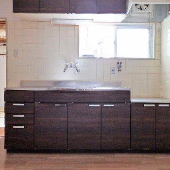 キッチンも広々してます。