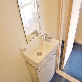 タンクレスなので、お手洗いはこちらで!