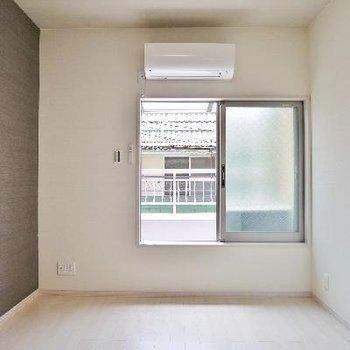 もう一つの2階お部屋にバルコニー。
