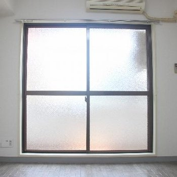 洋室にはエアコンも付いてます!※写真は前回募集時のものです