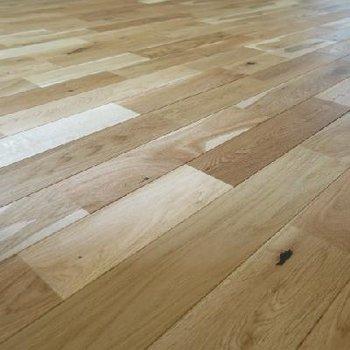 手触りの良さは抜群の無垢床。※イメージ写真