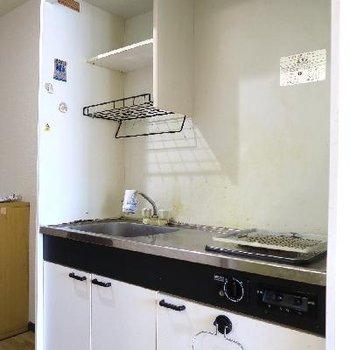 キッチンだって新しくなりますよ〜!※写真は現状です