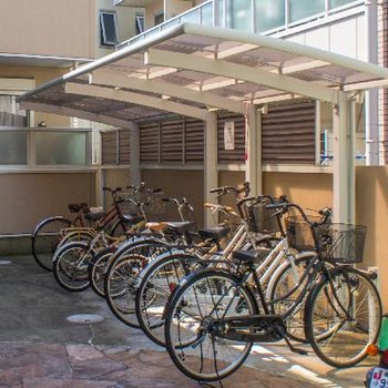 駐輪場もオートロック内で安心