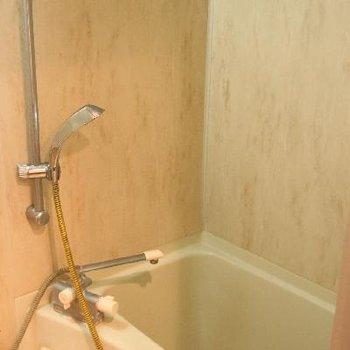 お風呂は浴室乾燥機付き※写真は前回募集時のものです