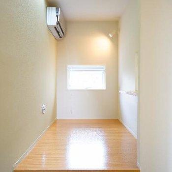 3.8帖のお部屋は寝室として使えそう!