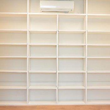1F書斎、どれくらいの本がしまえるのかしら