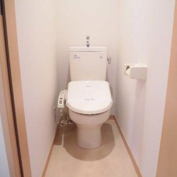 個室のトイレは落ち着きますね※写真は前回募集時のものです