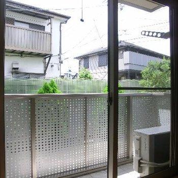窓からはこんな感じ。