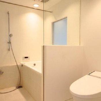 トイレはすっきりとしたスタイル