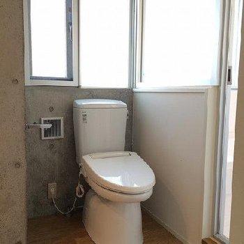 トイレはウォームレットです※写真は別部屋