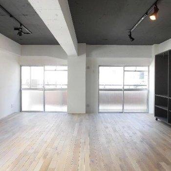 無垢床の温もり溢れる空間です。※写真は前回募集時のものです