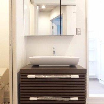 洗面台も新設です!