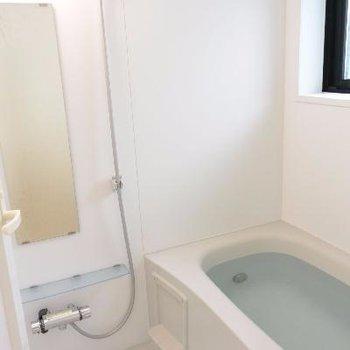 広々お風呂※画像は工事中のものです